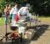 Köche kochen köstliche Kartoffelschaumsuppe
