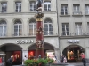 Schweizreise, Bern, An einem der schönen Brunnen der Stadt